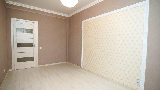 Vânzarea apartamente cu {$prooms} camere în Chișinău. Cumpar apartamet cu {$prooms} camere. Apartamente în Chișinău.